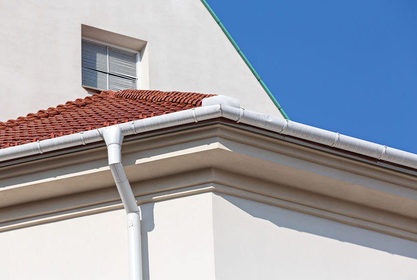 gutter splash guards: what are they and who needs them?
